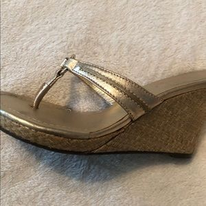 Lilly Pulitzer gold wedge sandals